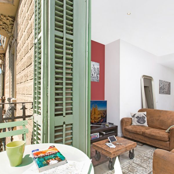 IMG_0402-rent-apartment-apartamentos-alquiler-barcelona-ramblas-booking-airbnb-connectus-fotografo